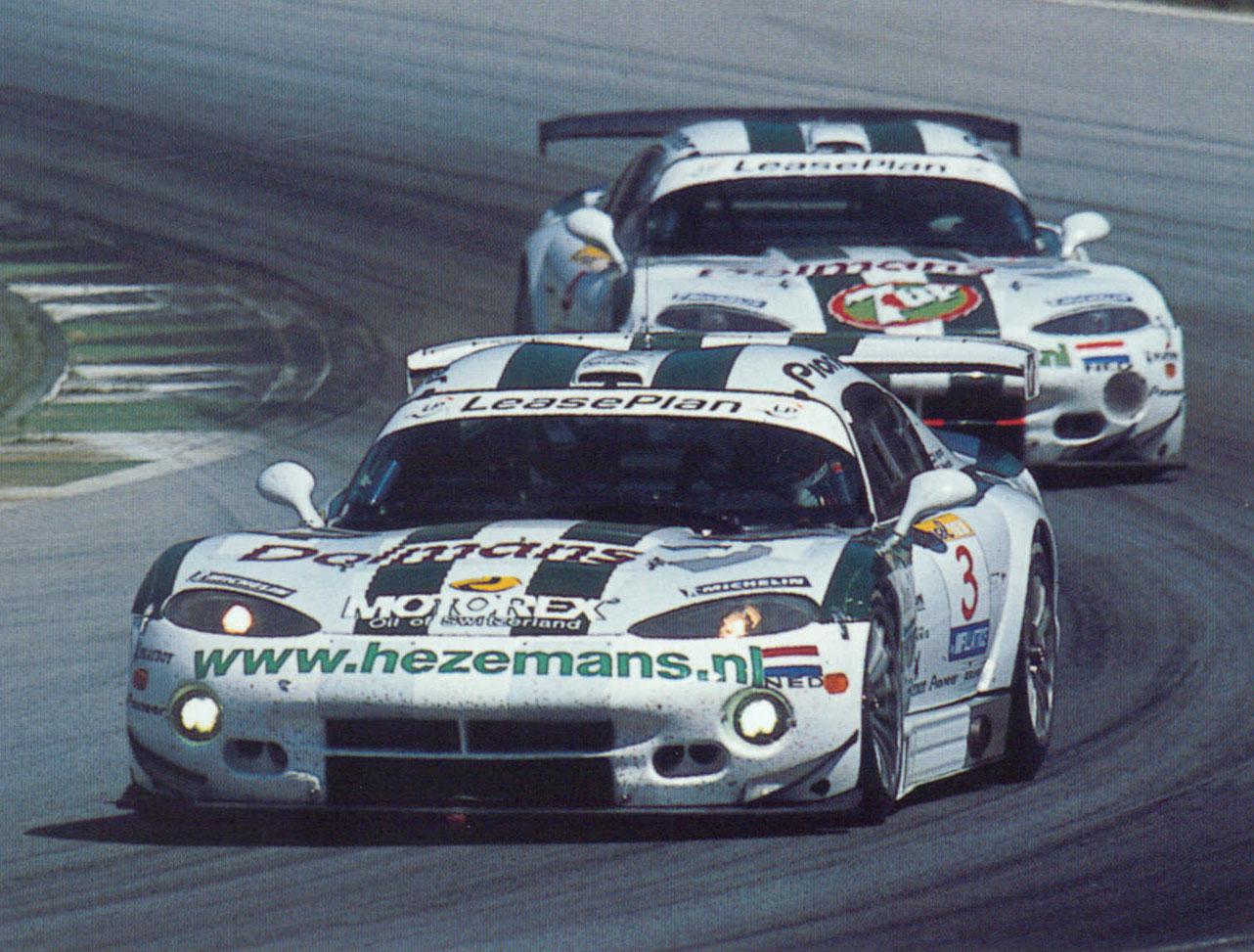 FIA-GT-book-2001-10