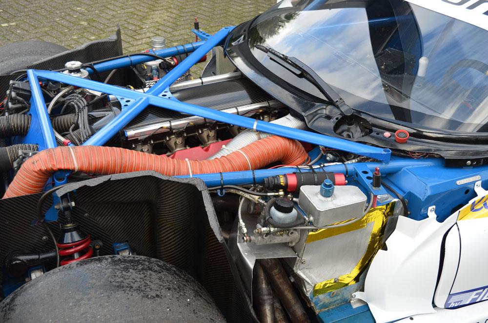 Oreca-Viper-GTS-R-GT1-13