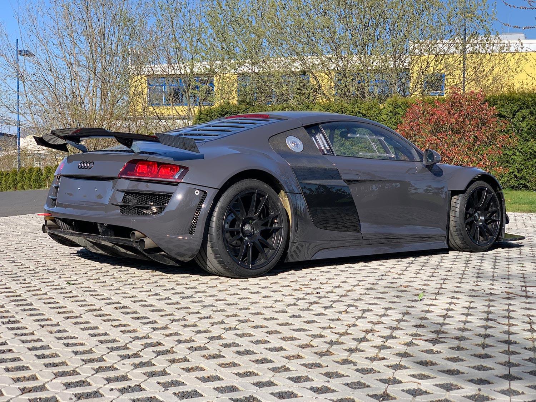 Audi-R8-V10-KR-02