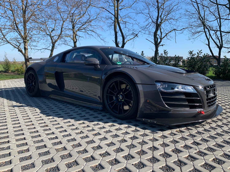 Audi-R8-V10-KR-03