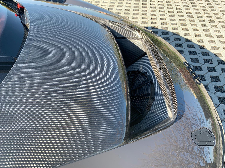 Audi-R8-V10-KR-09