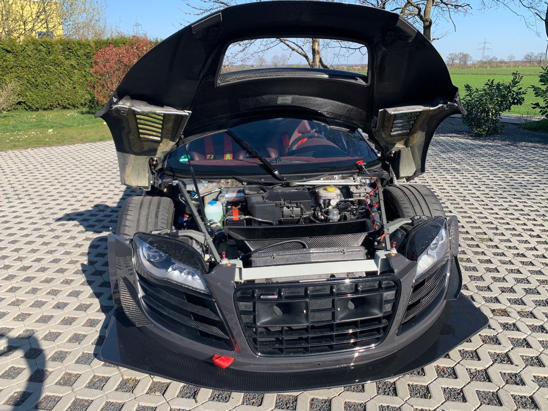 Audi-R8-V10-KR-11