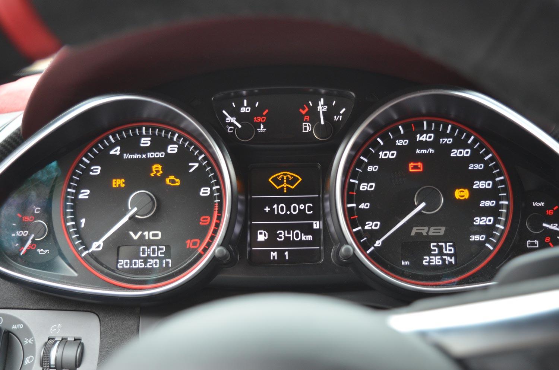 Audi-R8-V10-KR-2