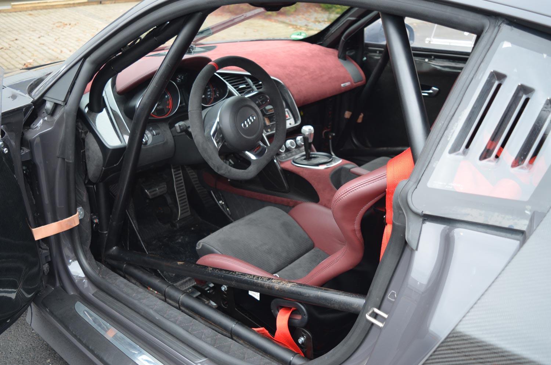 Audi-R8-V10-KR-8