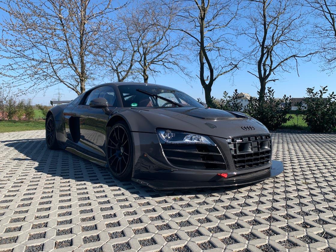 Audi-R8-V10-KR-9