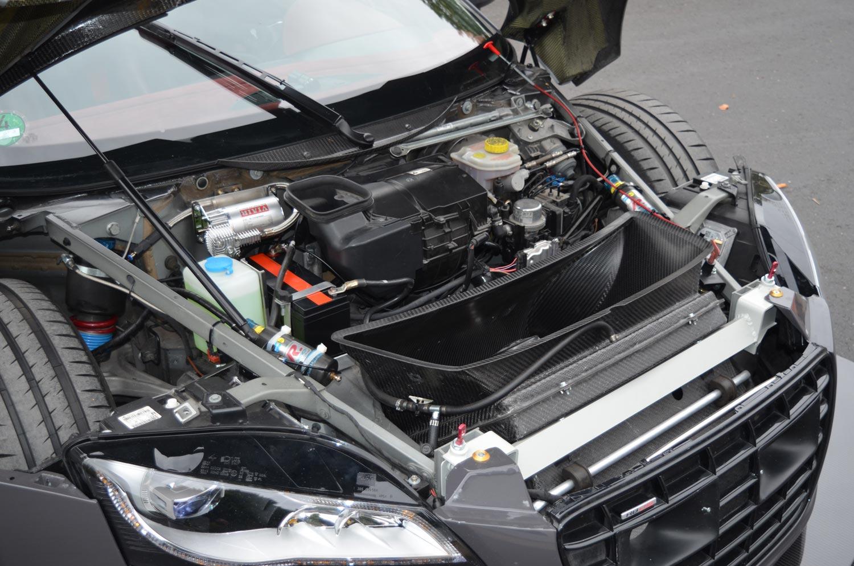 Audi-R8-V10-KR