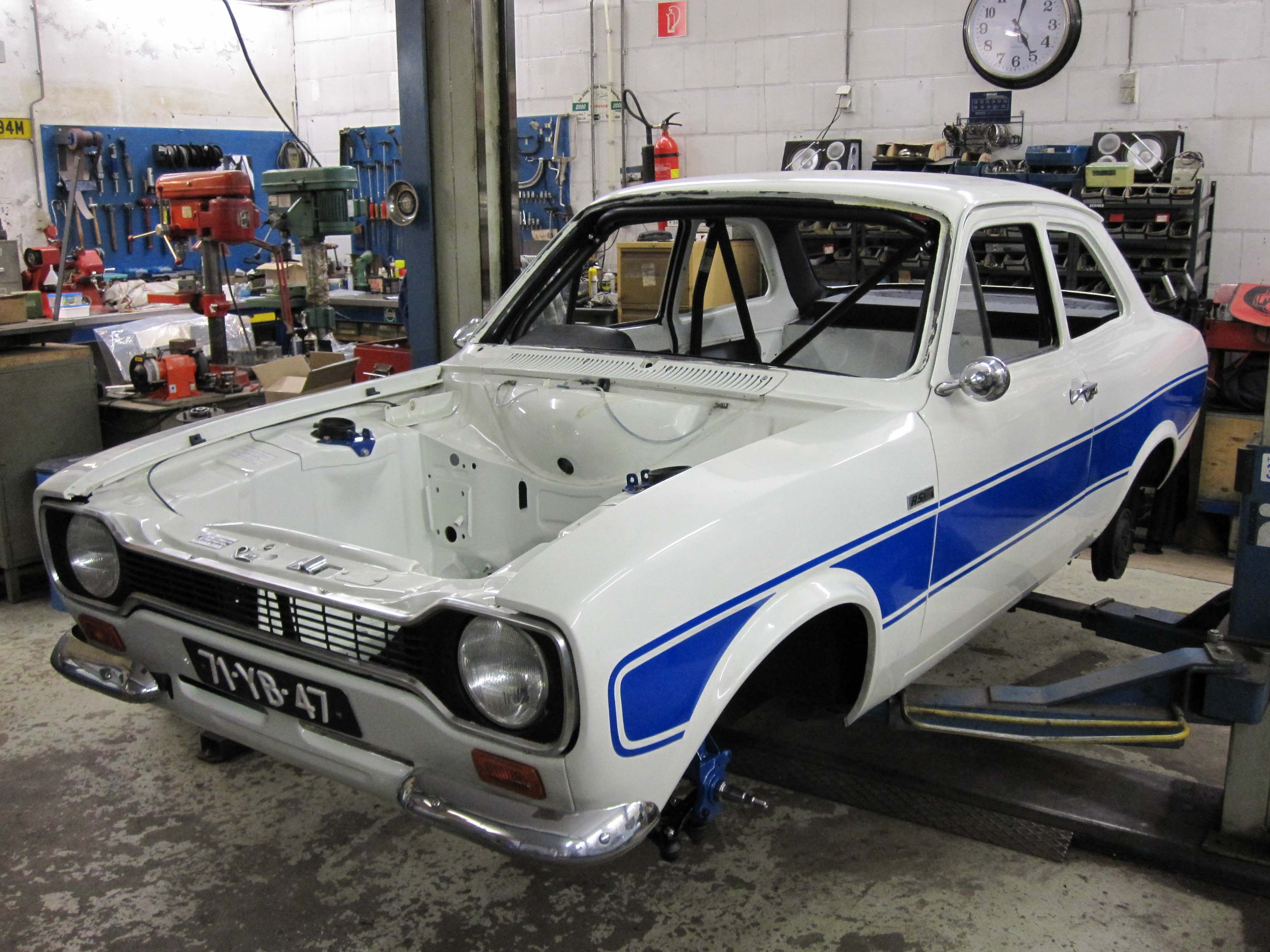 Ford Escort RS2000 MV-4