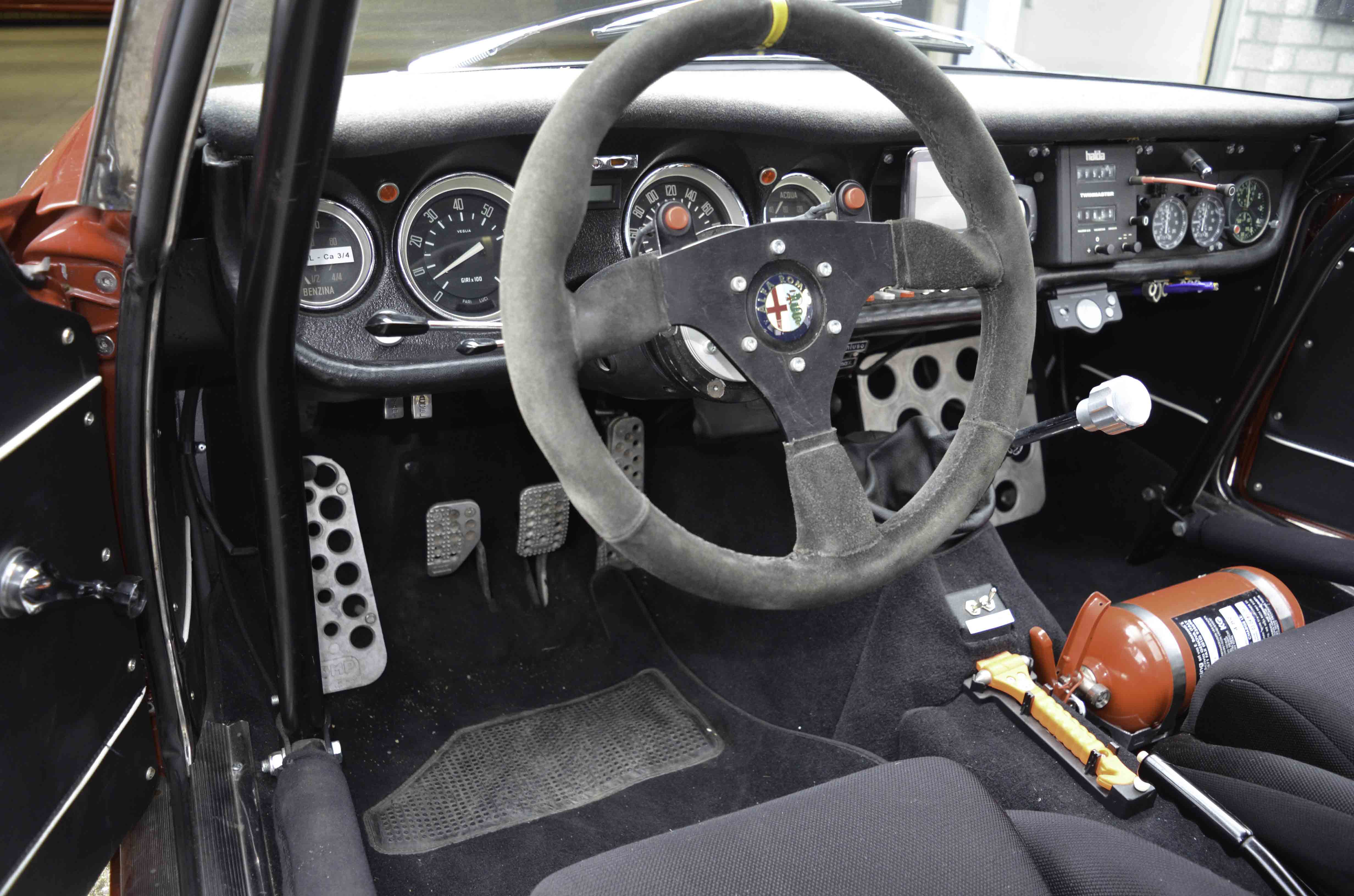 Alfa Romeo GTV – Machines with a mission (12 van 14)