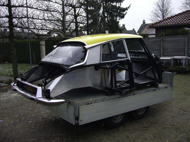 Citroen DS CE – Machines with a mission (11 van 16)