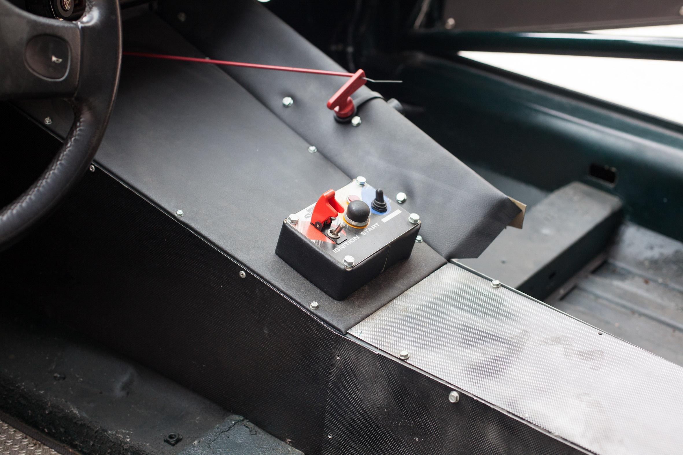 Jaguar XJS – Machines with a Mission (24 van 31)