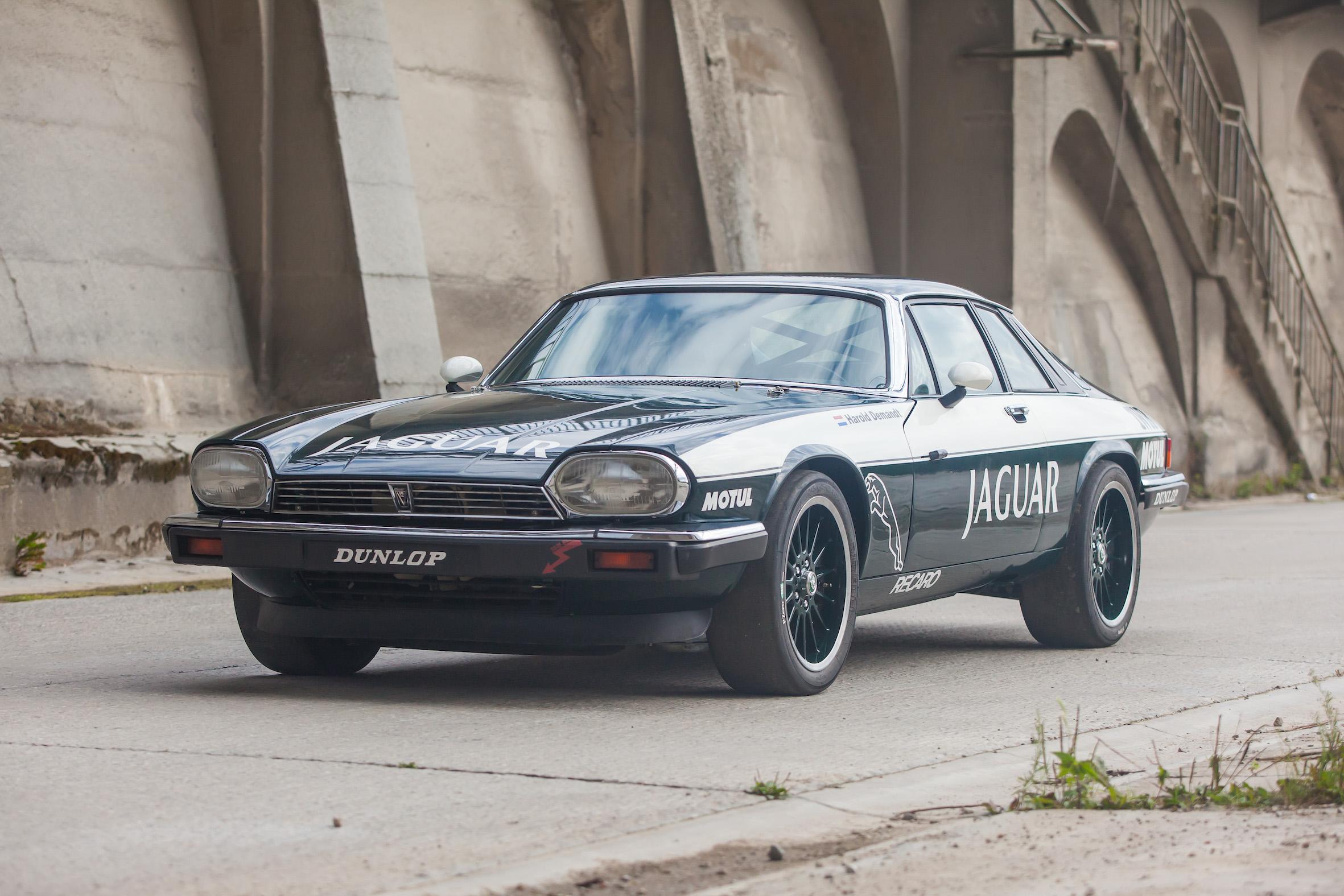 Jaguar XJS – Machines with a Mission (6 van 31)