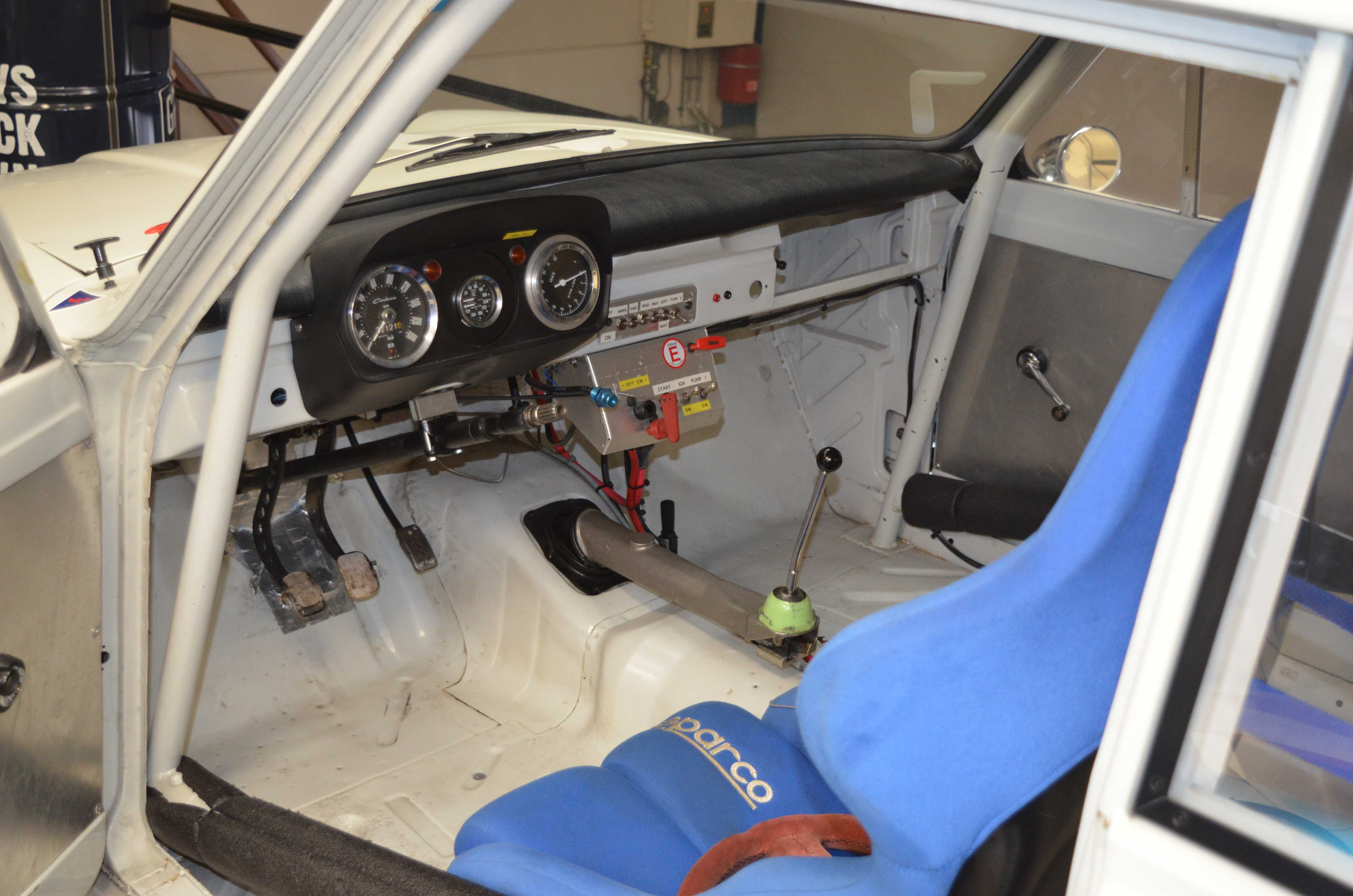 LOTUS CORTINA – FOR SALE – Machineswithamission (7 van 9)